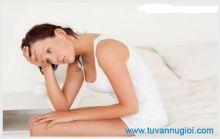 Triệu chứng viêm âm hộ dễ nhận thấy nhất là gì ?